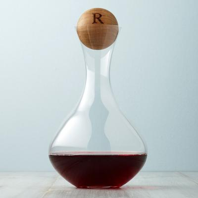 oldwinedecanter