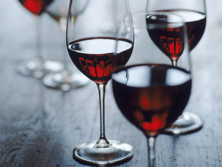 red-wine-ts-71058860