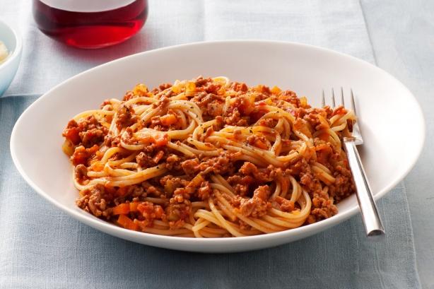 在意大利不存在的意大利面 spaghetti bolognese 图片来源:taste.com.au