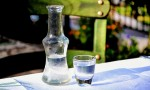 往白酒里加水就能知道真假优劣?真相来了