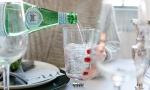 巴黎水,圣培露,VOSS,站在鄙视链顶端的那些大牌气泡水,都有什么差别?