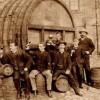 容易吗?中国人为了酿出第一瓶葡萄酒,筹备2个朝代,死了1个酿酒师,还累死1个总经理…